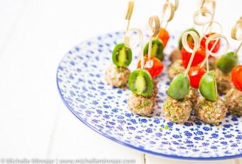 Nergi® with Pecan and Goat's Cheeseballs